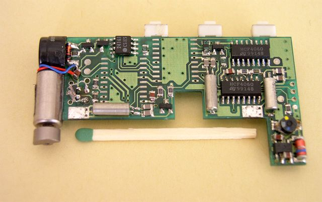 The pager control unit with two uC on the PCB - 1993, Elboxrf