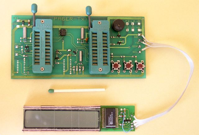 Evaluation board for PCF8866 IC LCD controller and a LCD itself - 1993, Elboxrf
